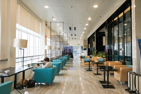 Phòng chờ hạng thương gia tại sân bay Tân Sơn Nhất