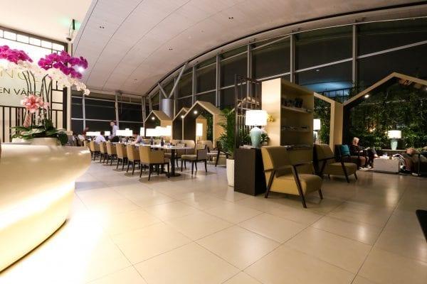 LOTUS 1Internationnal terminal